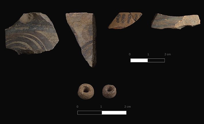 Figure 6. Mycenaean pottery and beads (LH I–II).
